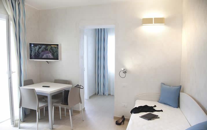 Salotto e sala pranzo appartamento